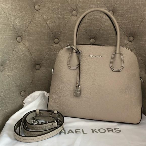c0463114b301 MICHAEL Michael Kors Bags   Michael Kors Mercer Large Dome Leather ...